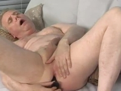 Rex Blows A Creamy Load