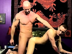 Joyful peel He glides his man-meat into Chris\' tight hole, pou