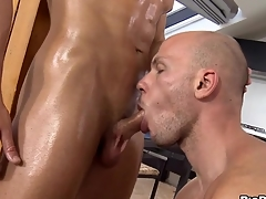 Wild hunk gets a screeching oral-job delight distance from twink