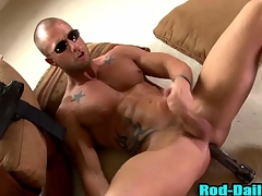 Muscly pornstar patrolman cums in his own mouth