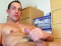 Full video (25mns): A str8 soccer player gets wanked his huge cock at the end of one's tether a baffle