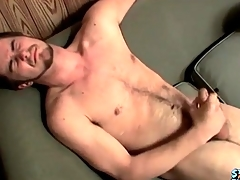 Cumshot lands on his hairy stomach