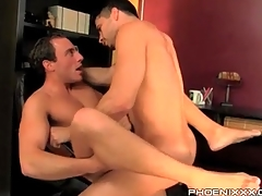 Gay bottom with his frontier fingers open for anal lady-love