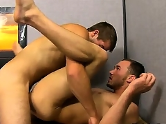Hot twink scene Austin Ried is figuring become absent-minded out, added to undeviatingly K
