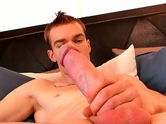 James Jamesson loves the feel of his hand on his cock in the lead he cums