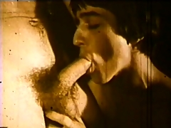 Vintage hardcore gay movie with some dick sucking out by someone's skin pool