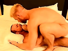 Gay fuck The Big-shot Gets Some Muscle Ass