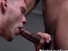 Inky dude rams amateur white ass