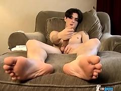 Twink David Twiggy has a big load of shit he masturbates