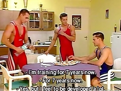 Cock-hungry wrestlers quiz pardon a hot gay orgy