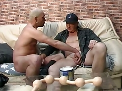 Daddy lover gets long line of big soothing balls all round his ass