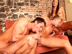 Several sexy guys and a sexy sheila enjoying a worthwhile bisexual fuck !